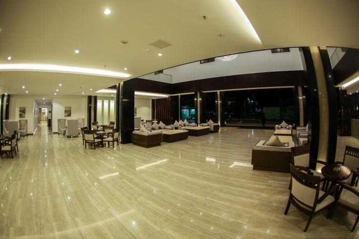 Hotel lobby at a glance