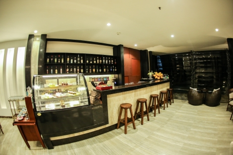 Juice bar at the lobby
